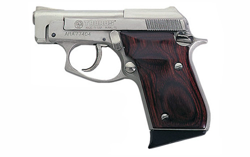 Taurus PT-22 photo (3 of 7)