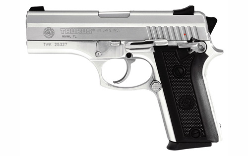 Taurus PT-911 photo (2 of 4)